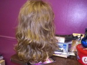 100% HUMAN HAIR WIGS (8)